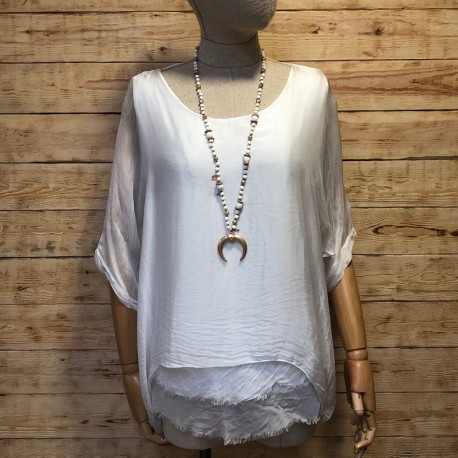 Silk blouse with ruffles without trim
